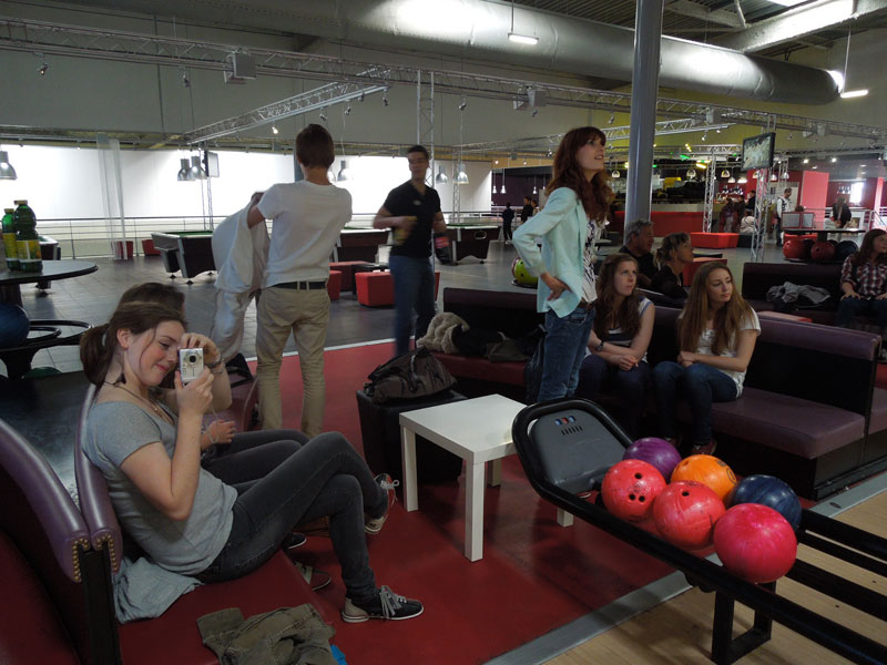 Bowling party with high school students in France