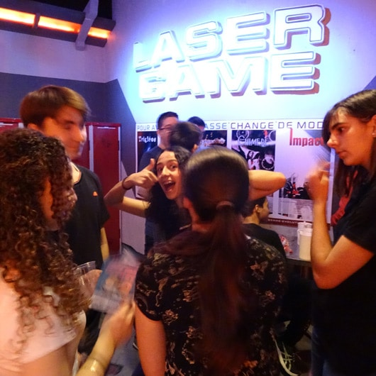 Laser game party