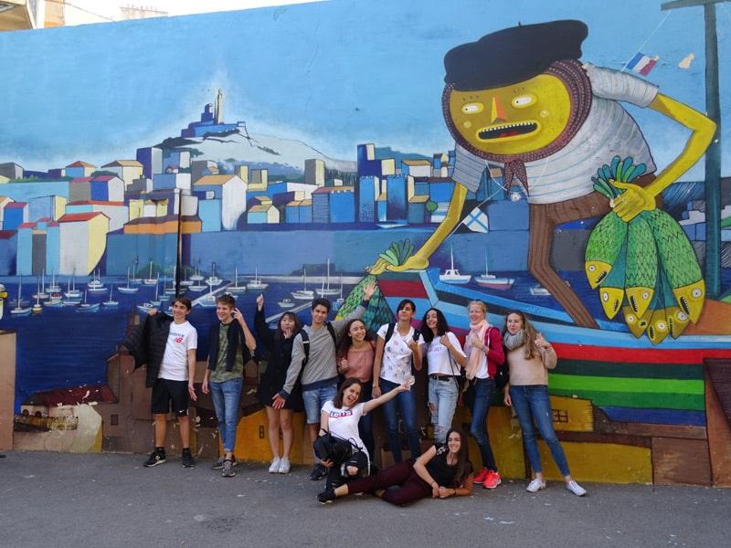 Marseille-students-street-art-joy