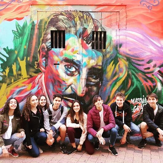 Marseille-students-street-art